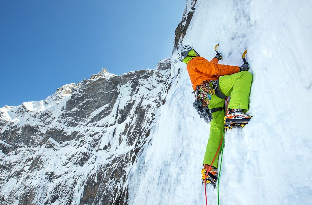 cascade-glace-escalade-pyrénées-cauterets-Gavarnie-troumouse