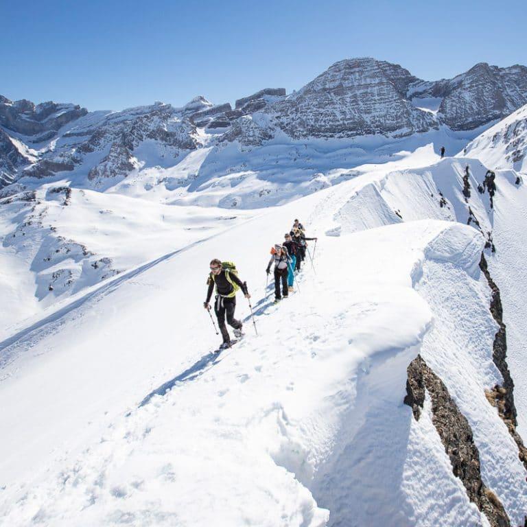 rando-raquettes-neige-Pyrénées-Gavarnie