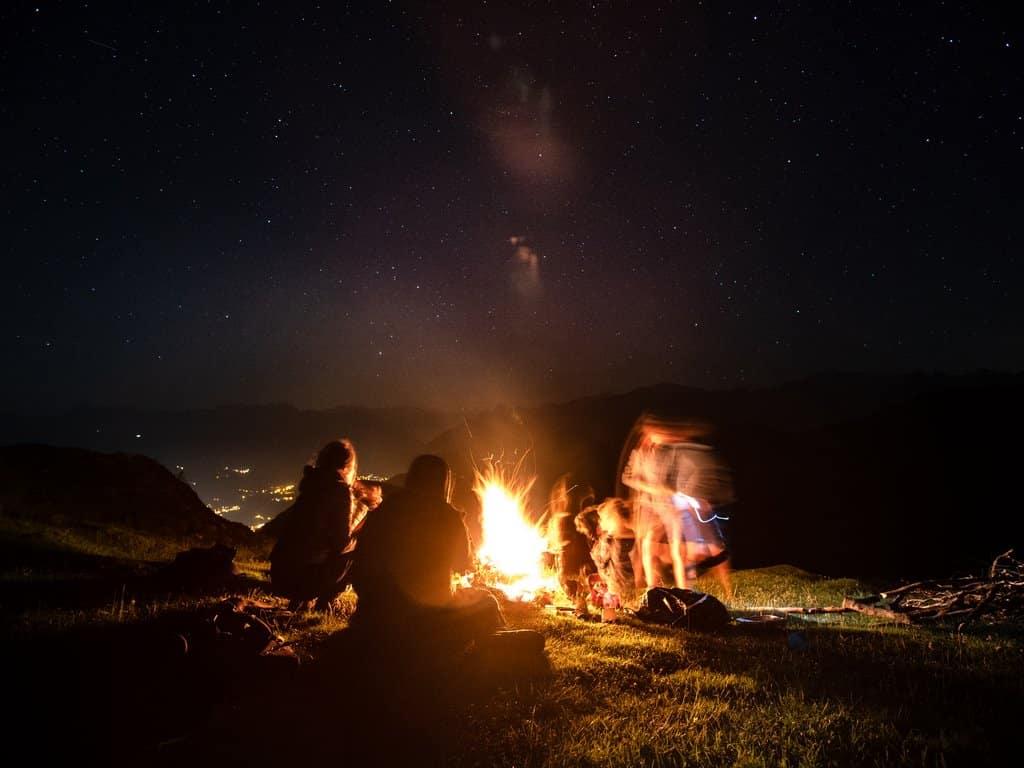 Feux-de-camp-pyrénées