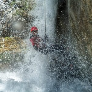 Canyoning journée (2 canyons), niveau sportif